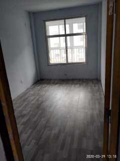 齐都嘉园3室2厅1卫122m²中档装修1000/月电梯房