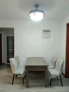大益华府东苑3室2厅1卫130m²精装修1834元