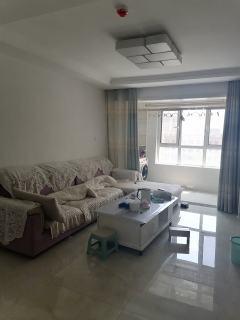 (城东)龙苑3室2厅1卫110m²精装修拎包入住2300/月