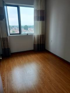 (城东)大益华府东苑4室2厅2卫154m²精装修