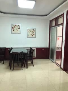 (城中)王府馨园3室1卫 三楼 118m²精装修 1400元