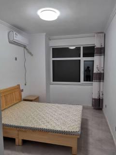 旭馨园3室2厅1卫128m²精装修2000/月