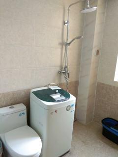 (城东)龙苑3室2厅1卫130m²精装修2200/月