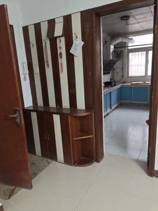 天虹花园3室1厅1卫100m²精装修未住1300/月