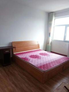 圣水花园3室2厅1卫100m²精装修二楼1200/月