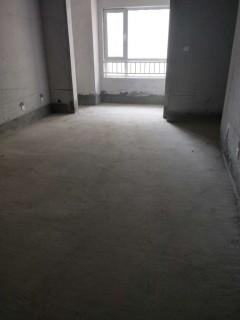 龙苑3室2厅1卫108m²毛坯房带车位88万