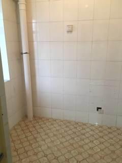 东阳城精装2楼,带双车位储藏室,月租1600。里面非常干净!