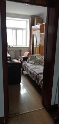 东店富贵苑黄金三楼家具家电齐全可做饭洗澡有冰箱洗衣机1600