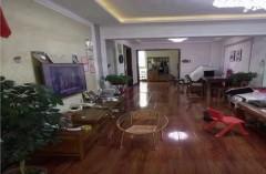 (城西)中央华府3室2厅2卫186万146m²出售