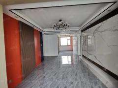 祥泰花园电梯15楼3室2厅1卫108m²精装修带车位储藏室79万出售