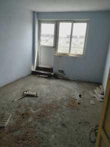 雍和府北区五楼带阁楼3室1厅1卫85m²毛坯房带储藏室48万出售