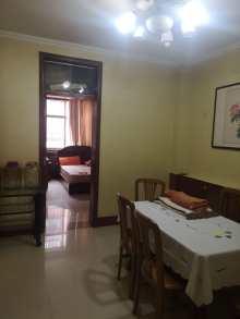 华裕小区一楼3室2厅1卫124m²精装修带车库80万出售