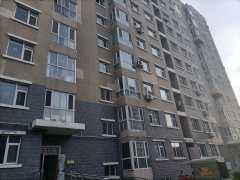 花都文苑电梯五楼2室1厅1卫85m²毛坯房52万出售全款包改名